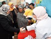جامعة القناة تعالج 1074 مواطن بالمجان فى قافلة بقرية الحجاز.. صور