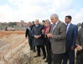 الجيزة: رصف وازدواج طريق الحسانين - ذات الكوم بمنشأة القناطر بتكلفة 15 مليون جنيه