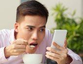 دراسة تحذر: استخدام الهواتف الذكية المتزايد يؤثر على شكل الدماغ البشرى