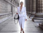 أبيض × أبيض.. درة فى إطلاله جديدة بشوارع مدينة باريس.. صور