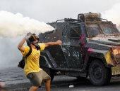 قنابل غاز ومدافع مياه لفض الإحتجاجات فى تشيلى