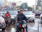 صور.. تعرف على وصايا المرور لمنع حوادث الطرق بعد هطول الأمطار
