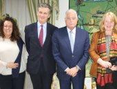 محافظ جنوب سيناء يستقبل السفير البريطاني ويتفقد أعمال تطوير طريق نويبع