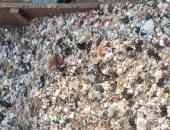 تراكم القمامة في شارع عز الدين بالهرم.. والأهالى يطالبون برفعها
