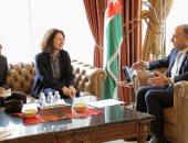 وزير الإعلام الأردنى يبحث مع السفيرة الفرنسية أوجه التعاون المشترك