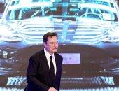 هاكر يكشف تفاصيل جديدة عن تطوير أكبر بطارية لسيارات تسلا الكهربائية