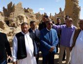 """""""آثار الإسكندرية"""": ترميم قرية شالى بالمواد الطبيعية من البيئة السيوية..صور"""