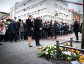 وقفة بالورود لتأبين ضحايا إطلاق النار فى ألمانيا بمشاركة الرئيس فالتر
