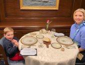 """خارج رسميات البيت الأبيض.. إيفانكا ترامب تتناول الغداء مع نجلها """"صورة"""""""