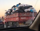 اضبط مخالفة.. صعود النقل لأعلى أوتوستراد الدائرى نهارا محملة بالقمامة