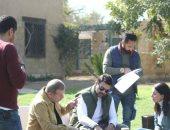 """عمرو محمود ياسين وشريف منير من كواليس تصوير """"ونحب تانى ليه"""""""