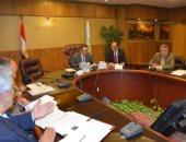 محافظ الغربية يستعرض الموقف التنفيذى لمشروع تطوير المزلقانات.. صور