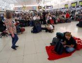 إسبانيا تغلق المطارات والمدارس فى جزر الكنارى بسبب الأحوال الجوية السيئة