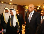 صور.. رئيس البرلمان يهنئ السفير الكويتى بمناسبة العيد الوطنى للكويت