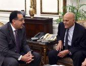 مجدى يعقوب يدعو رئيس الوزراء لوضع حجر أساس مركزه العالمى بالسادس من أكتوبر