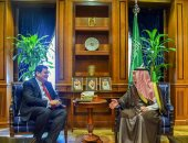 السعودية.. وزير الدولة للشؤون الخارجية يلتقى سفير بريطانيا