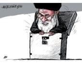 كاريكاتير صحيفة سعودية.. خامئنى يتحكم فى الصندوق الانتخابى لإيران
