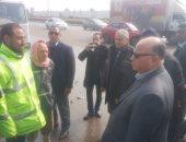 محافظ القاهرة يتفقد إزالة آثار الأمطار ويوجه رؤساء الأحياء التواجد بالشوارع