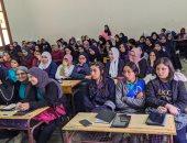 """طلاب الثانوية بالسعيدية يطلقون مبادرة """"إحنا معاك"""" لتدريب زملائهم على التابلت"""