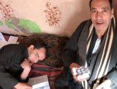 فيديو.. مأساة شاب في الغربية مصاب بضمور في المخ ووالده يطالب بمعاش لعلاجه