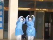 برقصة بحيرة البجع.. احتفال بشفاء 6 أشخاص من كورونا فى مدينة سوجو الصينية