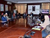 محافظ الأقصر يترأس اجتماع المجلس الإقليمى للسكان لمناقشة القضايا السكانية