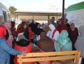 توقيع الكشف الطبى وتثقيف 6027 سيدة بمبادرة صحة المرأة فى الوادى الجديد