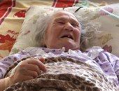 سيدة أوكرانية تعود للحياة خلال تجهيز مراسم الدفن والجنازة.. اعرف القصة
