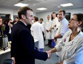 ماكرون: فرنسا ستتغلب على فيروس كورونا بالتصرف بمسؤولية