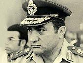 من كتاب مذكرات مبارك.. بماذا وصف الرئيس الراحل النكسة وكيف تحدث عن الضربة الجوية؟