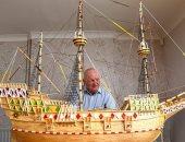 """بحار متقاعد يبنى نموذج سفينة """"مارى فلاور"""" بـ70 ألف عود ثقاب.. اعرف التفاصيل"""