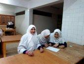 """فتيات معهد الأقالتة الثانوى أوائل العلمى و""""زرنيخ"""" أول أدبى بمسابقة أزهر الأقصر"""