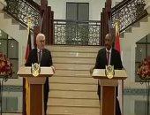 """رئيس حكومة السودان ينشر فيديو على حسابه بـ""""فيس بوك"""" لزيارة رئيس ألمانيا"""