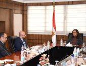 مدير أوبر لوزيرة التخطيط: إطلاق برنامج لنقل موظفى الدولة إلى العاصمة الإدارية
