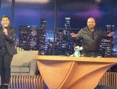 """عمر كمال يغنى """"عود البطل"""" في برنامج لبنانى.. فيديو"""