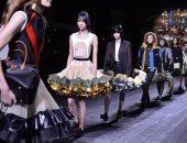 دور الأزياء تبث عروضها على الإنترنت بسبب كورونا على غرار أسبوع الموضة بنيويورك