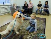مركز بإستونيا يعالج الأطفال من التوحد باستخدام الحيوانات الأليفة