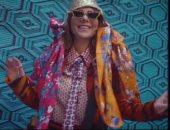 """رقص وتنطيط.. كواليس التقاط صور أصالة لغلاف عدد مارس من مجلة """"فوج"""".. فيديو"""