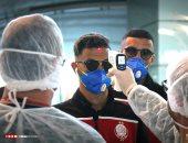 """وصول الوداد المغربى مطار تونس بـ""""الكمامات"""" خوفا من كورونا.. صور"""