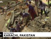 شاهد.. لحظة انتشال ضحايا حادث انهيار 3 مبانى فى باكستان