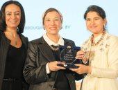 صور.. وزيرة البيئة: المرأة المصرية تحقق نجاحات فى أى منصب تتولاه