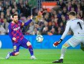 """برشلونة ضد ريال سوسيداد.. ميسي يهدر أخطر الفرص في شوط سلبي """"فيديو"""""""