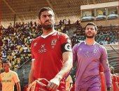 أحمد فتحى يدعم لاعبى الأهلى قبل مواجهة الزمالك : التاسعة إن شاء الله
