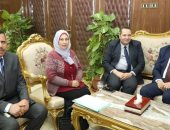 محافظ المنوفية يلتقى رئيس الهيئة العامة للأبنية التعليمية