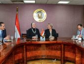 وزيرتا الصناعة والبيئة تبحثان استخدام منتجات الوقود البديل فى الصناعة المصرية