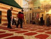 تعقيم المسجد الإبراهيمى والأسواق فى الخليل لمواجهة فيروس كورونا