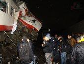 مساعد وزير الداخلية ينتقل لموقع حادث تصادم قطارين بإمبابة