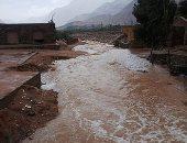 فيديو وصور.. أمطار غزيرة وسيول تضرب مدينة سانت كاترين بجنوب سيناء