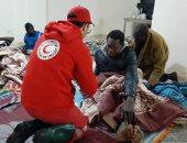 صور.. الهلال الأحمر المصرى ينقذ 37 لاجئا أفريقيا من موجة الطقس السيئ