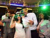 فيديو .. حارس الزمالك يرتدى نضارة خلال حفل زفافه